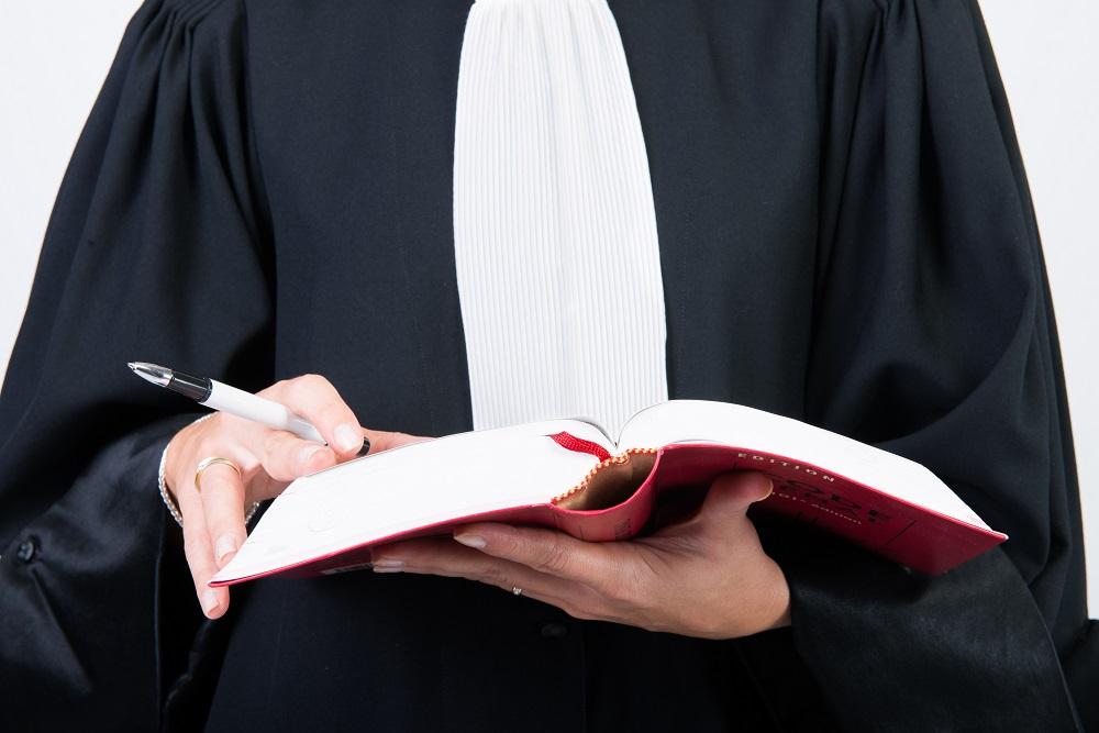 Prawo w Polsce – Komornik